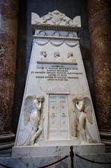 Grabmonument der Familie Stuart (Markus Wollny) Tags: city vatikan rom cittàdelvaticano vatikanstadt it