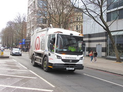 Veolia VN67LDF (TheTransitCamera) Tags: london euston city urban uk england refuse collection lorry truck