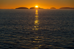 Atardecer en Antártica (lalo_pangue) Tags: antarctica antártica whitecontinent continenteblanco ice nature antarcticpeninsula penínsulaantártica