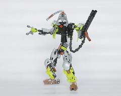 Z3Ke (Ron Folkers) Tags: bionicle lego technic moc green black silver weapon brown dangerous robot mechanical chill