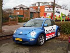 Volkswagen New Beetle 2.0 (22 06 1999) (brizeehenri) Tags: volkswagen newbeetle 1999 75dbnh rijswijk