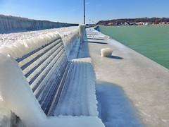 Sassnitz Mole (Wunderlich, Olga) Tags: ostsee winter eis bank sitzbank wasser mole wand schnee rügen insel mecklenburgvorpommern sassnitz landschaft natur naturaufnahme