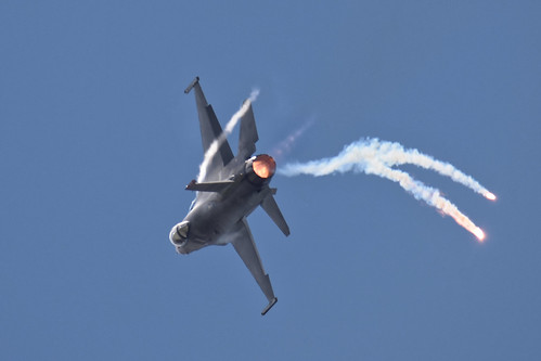 F-16 high-G spiral on afterburner