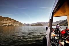 Navigando verso Monte Isola ........ (IVAN 63) Tags: navigazione lagodiseo monteisola water lake lombardy italia italy italien