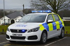 CN67 GCK (S11 AUN) Tags: gwent police heddlu peugeot 308 irv incident response panda car local policing unit 999 emergency vehicle cn67gck