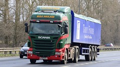 AY62 AEJ (panmanstan) Tags: scania r440 wagon truck lorry commercial bulk freight transport haulage vehicle a63 everthorpe yorkshire