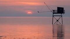 Fishing hut (Jean-Luc Peluchon) Tags: fz1000 lumix lumière light landscape paysage couleur color coucherdesoleil sunset reflection reflet reflexion ocean mer sea sun soleil carrelet pêche fishing cabin eau water pastel