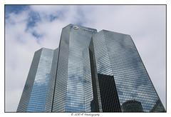 2018.04.01 La Défense 27 (garyroustan) Tags: paris france french iledefrance ile island building architecture ville ciudad city life defense