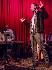Coffee Shop Arena Rock 04/07/2018 #11 (jus10h) Tags: coffeeshoparenarock curtispeoples hotelcafe losangeles hollywood california live music concert gig event residency show performance showcase coffeeshop arenarock 80s 90s covers songs singers nikon d610 lowlight photography 2018 april justinhiguchi