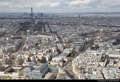 Looking west from the observation deck of Tour Montparnasse, Paris, France (JH_1982) Tags: tour montparnasse 蒙帕納斯大樓 トゥール・モンパルナス башня монпарнас skyscraper wolkenkratzer observation deck observatory aussicht view west panorama city center urban urbanity paris parís parigi 巴黎 パリ 파리 париж باريس frankreich francia frança 法国 フランス франция فرنسا