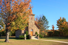 Stone Church (Robert F. Carter Travels) Tags: autumncolor church churches fall fallcolor october stonechurch stonechurches thebreezeway autumn fallcolors autumncolors stonestructures stonearchitecture stonebuildings architecture robertcarterphotographycom ©robertcarter