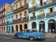 Paseo de Martí (RobertLx) Tags: havana architecture street boulevard arcades cuba america caribbean city building car driving colourful people window centralamerica latinamerica