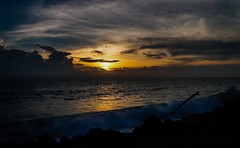 Sunset in Kovalam, Kerala (GNandhra) Tags: seascape landscape clouds india kerala kovalam beach sun sunset