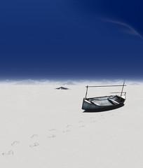 A New Path (Stachmoon) Tags: a new path infernium minimalism reshade desert boat abandoned footprints digital minimalist