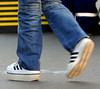Adidas 2 (ze68) Tags: schuherhöhung beinverkürzung verkürzungsausgleich shortleg