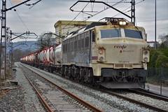 251 (firedmanager) Tags: renfe renfeoperadora railtransport renfemercancías 251 mitsubishi mercancías tren train trena locomotora locomotive ferrocarril freighttrain