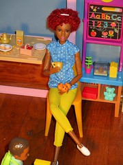 Breakfast (flores272) Tags: aabarbie madetomovebarbie barbie barbiefurniture barbiefashionista fabfringebarbie barbiefood barbiedoll doll dolls toy toys