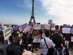 Anti-Gun protest in Paris (Alexander H.M. Cascone [insta @cascones]) Tags: paris france ile de city ville protest liberal progressive demonstration civil rights anitgun antigun weapon no kids eiffel tower