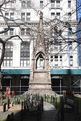 Soldier's Monument (Itinerant Wanderer) Tags: newyorkcity manhattan trinitychurch episcopal historic wallstreet