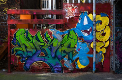 HH-Graffiti 3623 (cmdpirx) Tags: hamburg germany graffiti spray can street art hiphop reclaim your city aerosol paint colour mural piece throwup bombing painting fatcap style character chari farbe spraydose crew kru artist outline wallporn train benching panel wholecar