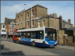 Stagecoach 27577, Broadstairs (Jason 87030) Tags: enviro loop thanet service route queensroad red white blue oirange bus april 2018 stagecoach uk sony ilce alpha a6000 nex wheels kent southeast eastkent