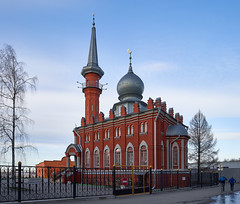 Apr 08, 2018 (pavelkhurlapov) Tags: mosque architecture sky trees people geometry fence cityscape bricks puddle building towers