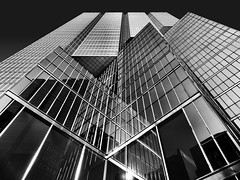 Sun Life Centre, Toronto, Ontario (duaneschermerhorn) Tags: toronto ontario canada architecture building skyscraper structure highrise architect modern contemporary modernarchitecture contemporaryarchitecture black white blackandwhite blackwhite bw noire noir blanc blanco schwartz weissreflection reflective reflectivebuilding glass windows glassclad mirror distortion city urban downtown