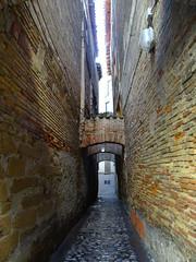 calle de Estella y casas Navarra 07 (Rafael Gomez - http://micamara.es) Tags: calle de estella y casas navarra