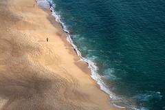 BREATH (André Pipa) Tags: mar sea ocean passion nazaré oceanoatlântico mare mer peoplewalkingonthebeach photobyandrépipa oceanhappiness oceanlovers