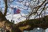 Le château d'Hardelot à Condette (Pas-de-Calais) (jipebiker) Tags: france côtedopale capgrisnez capblancnez hautsdefrance châteaudhardelot condette pasdecalais architecture drapeau flag castle