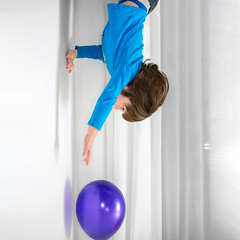 To the bottom / Na dno (Peter PeBe Bosko) Tags: myboy dolehlavou balon naopak childlife creative creativity childhood child 4fun forfun upsidedown d610 50mm portrait counter balloon