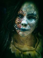 ... Alice in Zombieland ... (Lanpernas .) Tags: niñamedeiros aliciazombificada zombieland zombi 2018 comikd