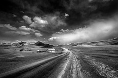 Pamir highway, Tadjikistan, juin (Air'L) Tags: noiretblanc nb bw tadjikistan pamirhighway pamir centralasia blackandwhite road route paysage landscape