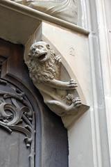 Mariä Himmelfahrt, Bad Königshofen (palladio1580) Tags: löwe gotik portal bayern franken unterfranken landkreisrhöngrabfeld badkönigshofen kirche
