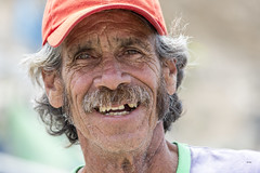 Javier (_aires_) Tags: aires iris fisherman smile teeth cap smilingeyes portrait canoneos5dmarkiii canonef70300mmf456isusm chancay portofchancay puertodechancay chancayperu