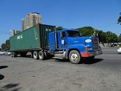 Freightliner (RD Paul) Tags: freightliner truck camion dominicanrepublic repúblicadominicana santodomingo trucks camiones