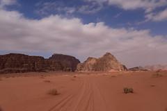 Wadi Rum Desert, Jordan, January 2018 799 m (tango-) Tags: giordania jordan middleeast mediooriente الأردن jordanien 約旦 ヨルダン desert wadirum