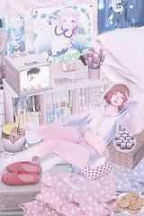 腐女子 (ミカセモカー) Tags: secret hideout pixel geek tale shorts lagom birthday picinic haze tram tamagosenbei kuriko mikunch sanarae agora