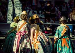 Falleras (sam.villaver) Tags: fallas fallera fiestas traje valencia nikon d3100 costume urban street art tradition