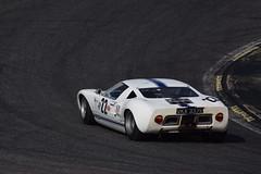 Apex (dreamtwister82) Tags: markfinburgh 1965 ford gt40 classic car coche historico espiritudeljarama jarama circuit circuito 2017 race carrera farina