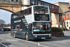 Transdev Harrogate Bus Company 2721, V74MOA. (EYBusman) Tags: transdev blazefield harrogate district bus company coach town centre north yorkshire plaxton president volvo b7tl ride national express travel west midlands v74moa eybusman