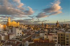 Morning light (schuetz.photography) Tags: valència comunidadvalenciana spanien es spain europe world travel city cityscape goldenlight sony a7 a7rm2 ilce 24105mm