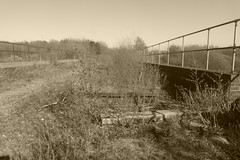 Old railway viaduct over Main St Catcliffe, Sheffield  (former SDR route)   April 2018 (dave_attrill) Tags: catcliffe sheffield railway line disused trackbed remains goods sdr bridge viaduct mainst sleepers abandoned ballast april 2018 sheffielddistrictrailway southyorkshire