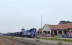 "CMP , ""El romeral"". (Rodrigo yañez) Tags: tren coquimbo chile mineria minera hierro el romeral minas cmp cap gr12 locomotora 9 numero loc tolvas red norte"