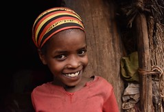 Wollayta Girl (Rod Waddington) Tags: africa african afrique afrika äthiopien ethiopia ethiopian ethnic etiopia ethnicity ethiopie etiopian wollaita wolayta wollayta tribal tribe traditional girl culture cultural child hut house home