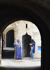 Daily life 8 -Safi  Morocco (Pietro D'Angelo2012) Tags: safi marocco medina arco women architettura