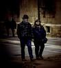 Calle ancha (ariasa12) Tags: caminando pareja amarillo