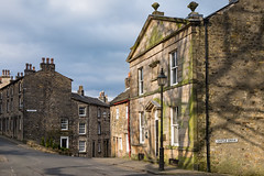 Castle Hill Lancaster (Mister Oy) Tags: lancaster castle hill street old light shadow fujixe2 stone houses cottages fujifilm road urban