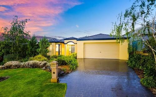 3 Grandeur Place, Albury NSW