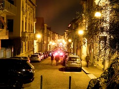 Streets of Turin@night (#RK) Tags: turin nikon l830 light led bulb langzeitbelichtung torino italien italy it rk cars dark long exposure street photography people movement bella italia summer to